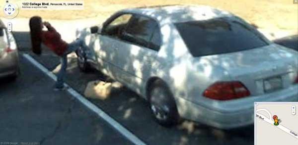 Pateando un coche