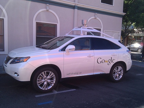El coche sin conductor de Google será legal en California